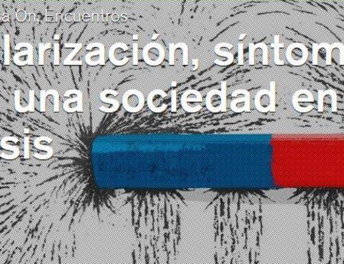 Sesión de debate sobre polarización y sociedad en crisis